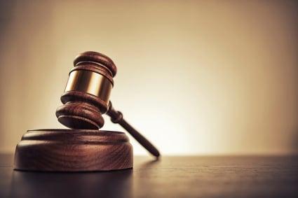 legal gavel medium (425x283)